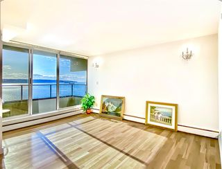"Photo 4: 1203 1995 BEACH Avenue in Vancouver: West End VW Condo for sale in ""HUNTINGTON WEST"" (Vancouver West)  : MLS®# R2528522"