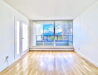 "Photo 7: 1203 1995 BEACH Avenue in Vancouver: West End VW Condo for sale in ""HUNTINGTON WEST"" (Vancouver West)  : MLS®# R2528522"