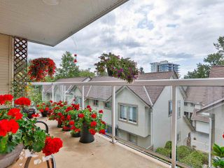 "Photo 18: 215 3400 SE MARINE Drive in Vancouver: Champlain Heights Condo for sale in ""Tiffany Ridge"" (Vancouver East)  : MLS®# R2392821"