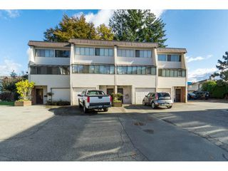 "Photo 1: 11 9446 HAZEL Street in Chilliwack: Chilliwack E Young-Yale Townhouse for sale in ""Delong Gardens"" : MLS®# R2416056"