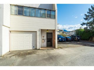 "Photo 2: 11 9446 HAZEL Street in Chilliwack: Chilliwack E Young-Yale Townhouse for sale in ""Delong Gardens"" : MLS®# R2416056"