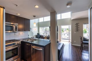 "Photo 8: PH10 1288 CHESTERFIELD Avenue in North Vancouver: Central Lonsdale Condo for sale in ""Alina"" : MLS®# R2479203"