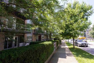"Photo 37: PH10 1288 CHESTERFIELD Avenue in North Vancouver: Central Lonsdale Condo for sale in ""Alina"" : MLS®# R2479203"