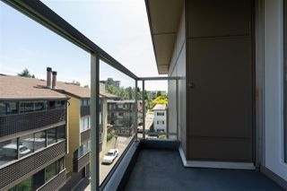 "Photo 33: PH10 1288 CHESTERFIELD Avenue in North Vancouver: Central Lonsdale Condo for sale in ""Alina"" : MLS®# R2479203"