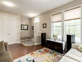 Photo 2: 292 QUARRY PARK Boulevard SE in Calgary: Douglasdale/Glen Row/Townhouse for sale : MLS®# A1019279