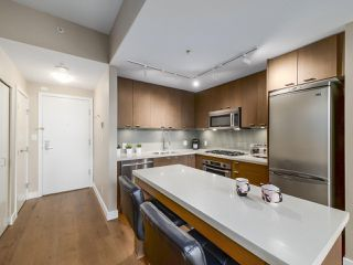 "Photo 6: 301 531 BEATTY Street in Vancouver: Downtown VW Condo for sale in ""METROLIVING"" (Vancouver West)  : MLS®# R2506076"