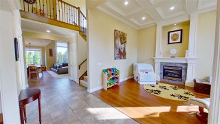 Photo 4: 5353 SPETIFORE Crescent in Delta: Tsawwassen Central House for sale (Tsawwassen)  : MLS®# R2506215