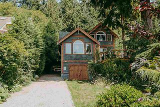 Photo 1: 500 REED Road in Gibsons: Gibsons & Area House for sale (Sunshine Coast)  : MLS®# R2388900