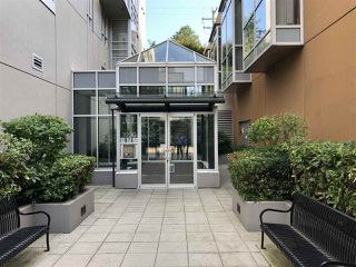 Photo 3: 704 1030 W BROADWAY in Vancouver: Fairview VW Condo for sale (Vancouver West)  : MLS®# R2390082