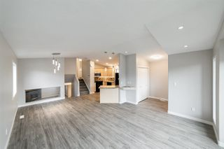 Photo 4: 2109 37 Avenue in Edmonton: Zone 30 House for sale : MLS®# E4167775