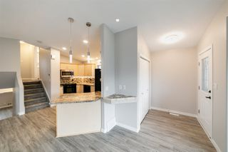 Photo 2: 2109 37 Avenue in Edmonton: Zone 30 House for sale : MLS®# E4167775