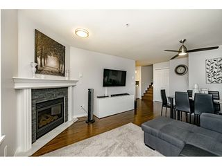 "Photo 3: 306 3128 FLINT Street in Port Coquitlam: Glenwood PQ Condo for sale in ""FRASER COURT TERRACE"" : MLS®# R2400660"