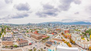 "Main Photo: 2210 285 E 10TH Avenue in Vancouver: Mount Pleasant VE Condo for sale in ""THE INDEPENDENT"" (Vancouver East)  : MLS®# R2409964"
