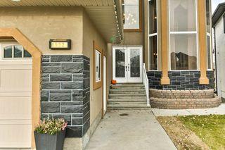 Photo 2: 6932 14 Avenue in Edmonton: Zone 53 House for sale : MLS®# E4178730