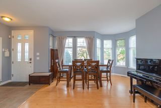 Photo 5: 5790 149 Street in Surrey: Sullivan Station House for sale : MLS®# R2420859