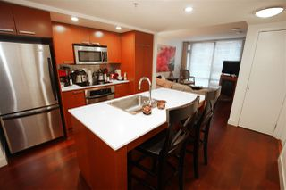 """Main Photo: 905 1255 SEYMOUR Street in Vancouver: Downtown VW Condo for sale in """"ELAN"""" (Vancouver West)  : MLS®# R2429718"""