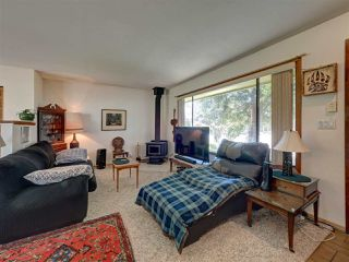 Photo 5: 4432 STALASHEN Drive in Sechelt: Sechelt District House for sale (Sunshine Coast)  : MLS®# R2460017