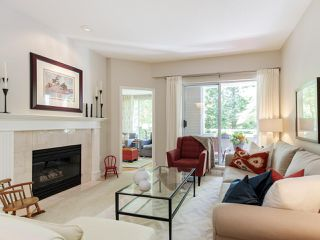 """Main Photo: 205 5760 HAMPTON Place in Vancouver: University VW Condo for sale in """"WEST HAMPSTEAD PLACE"""" (Vancouver West)  : MLS®# R2461270"""