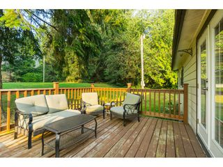 "Photo 5: 23760 68 Avenue in Langley: Salmon River House for sale in ""Williams Park"" : MLS®# R2496536"