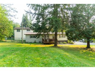 "Photo 2: 23760 68 Avenue in Langley: Salmon River House for sale in ""Williams Park"" : MLS®# R2496536"