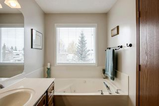 Photo 21: 260 Douglasbank Place SE in Calgary: Douglasdale/Glen Detached for sale : MLS®# A1042919