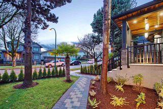Photo 2: 2827 E 43 Avenue in Vancouver: Killarney VE 1/2 Duplex for sale (Vancouver East)  : MLS®# R2524146