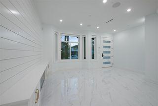 Photo 9: 2827 E 43 Avenue in Vancouver: Killarney VE 1/2 Duplex for sale (Vancouver East)  : MLS®# R2524146