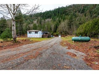 Photo 15: 27283 DOGWOOD VALLEY Road in Hope: Hope Center House for sale : MLS®# R2528442