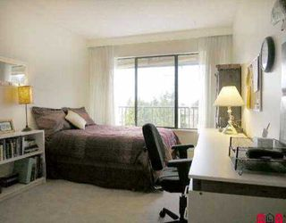 """Photo 5: 302 1351 MARTIN ST: White Rock Condo for sale in """"The Dogwood"""" (South Surrey White Rock)  : MLS®# F2604223"""