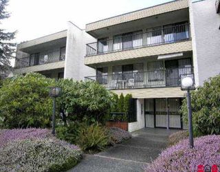 """Photo 1: 302 1351 MARTIN ST: White Rock Condo for sale in """"The Dogwood"""" (South Surrey White Rock)  : MLS®# F2604223"""