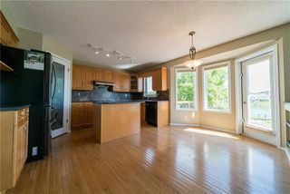 Photo 3: 90 Dockside Way in Winnipeg: Island Lakes Residential for sale (2J)  : MLS®# 1918099