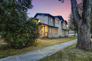 Photo 3: 9003 91 Street in Edmonton: Zone 18 Duplex Front and Back for sale : MLS®# E4172642