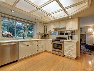 Photo 8: 595 Downey Rd in NORTH SAANICH: NS Deep Cove House for sale (North Saanich)  : MLS®# 828060