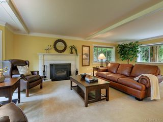 Photo 2: 595 Downey Rd in NORTH SAANICH: NS Deep Cove House for sale (North Saanich)  : MLS®# 828060