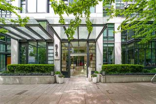 "Photo 2: 309 1255 SEYMOUR Street in Vancouver: Downtown VW Condo for sale in ""ELAN"" (Vancouver West)  : MLS®# R2429089"
