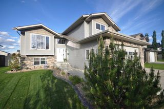 Main Photo: 4307 W 45 Street in Lacombe: MacKenzie Ranch Residential for sale : MLS®# A1004546