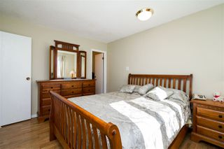 Photo 17: 1751 62 Street Edmonton 4 Bed 2.5 Bath Family House For Sale E4202239