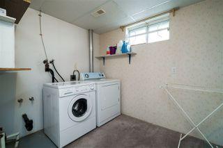 Photo 34: 1751 62 Street Edmonton 4 Bed 2.5 Bath Family House For Sale E4202239