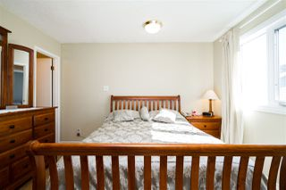 Photo 16: 1751 62 Street Edmonton 4 Bed 2.5 Bath Family House For Sale E4202239