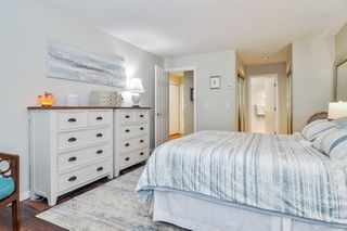 """Photo 12: 233 20391 96 Avenue in Langley: Walnut Grove Townhouse for sale in """"Chelsea Green"""" : MLS®# R2489139"""
