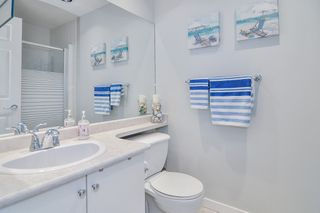 """Photo 15: 233 20391 96 Avenue in Langley: Walnut Grove Townhouse for sale in """"Chelsea Green"""" : MLS®# R2489139"""