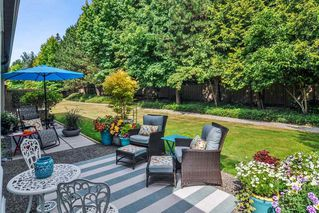 """Photo 17: 233 20391 96 Avenue in Langley: Walnut Grove Townhouse for sale in """"Chelsea Green"""" : MLS®# R2489139"""