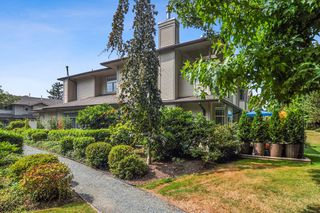 "Photo 20: 233 20391 96 Avenue in Langley: Walnut Grove Townhouse for sale in ""Chelsea Green"" : MLS®# R2489139"