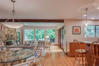 Photo 4: 781 Red Oak Dr in : ML Cobble Hill House for sale (Malahat & Area)  : MLS®# 856110