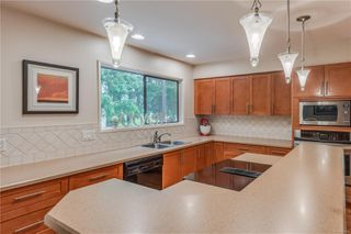 Photo 12: 781 Red Oak Dr in : ML Cobble Hill House for sale (Malahat & Area)  : MLS®# 856110