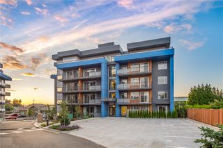 Photo 1: 204 6544 Metral Dr in : Na Pleasant Valley Condo for sale (Nanaimo)  : MLS®# 859389