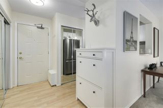 """Photo 7: 311 55 BLACKBERRY Drive in New Westminster: Fraserview NW Condo for sale in """"Queen's Park Place"""" : MLS®# R2515015"""