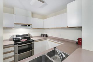 """Photo 5: 311 55 BLACKBERRY Drive in New Westminster: Fraserview NW Condo for sale in """"Queen's Park Place"""" : MLS®# R2515015"""