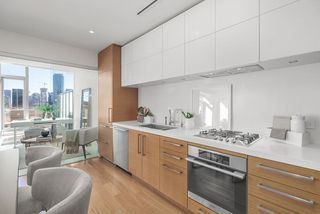 Photo 20: 1401 667 HOWE STREET in Vancouver: Downtown VW Condo for sale (Vancouver West)  : MLS®# R2510203