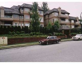 """Photo 1: 204 3950 LINWOOD ST in Burnaby: Burnaby Hospital Condo for sale in """"CASCADE VILLAGE"""" (Burnaby South)  : MLS®# V589975"""